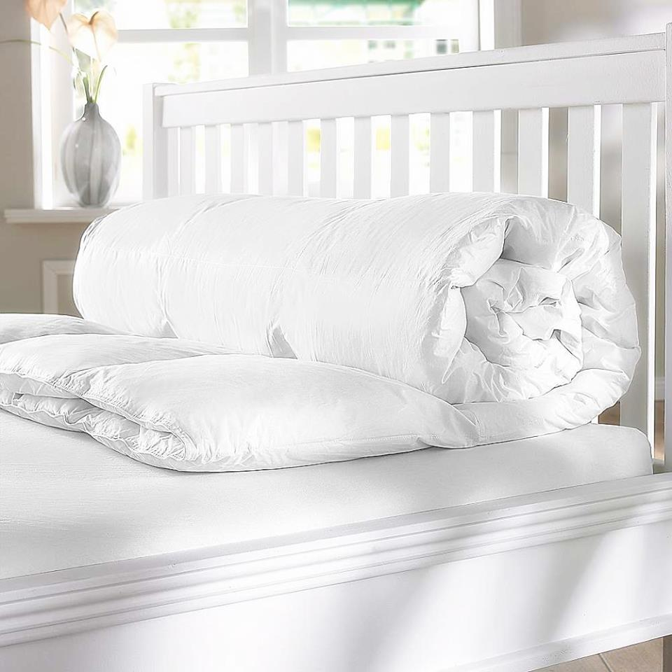 CBcotton, topper, pillow, bed, apron, botanicacollection, cloak, microgelpillow, healthpillow, quilt, peninsulacollection, ที่นอน, หมอน, หมอนขนห่าน, ผ้าห่ม, ผ้าคลุม, ชุดผ้าคลุม, ผ้าปูที่นอน, หมอนข้าง, เสิ้อคลุม, ผ้าคอตตอนแท้, cotton, กันไรฝุ่น, นอนสบาย, นอนนุ่ม, หลับสบาย, ชุดเครื่องนอน